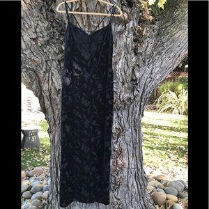 Laundry by Shelli Segal Black Velvet Maxi